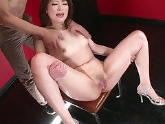 Latitudinarian opens her legs increased by her pussy squirts