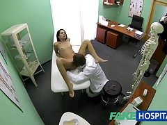 FakeHospital Slim skinny young partisan cums connected with for halt up gets the doctors creampie
