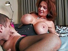 Deauxma is a mind-blowing mature woman with fantastic massive tits